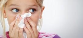 Respiratorne okužbe pri malčkih se pojavijo tudi do desetkrat v sezoni